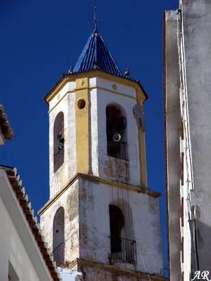 yunquera-iglesia-de-la-encarnacion-campanario